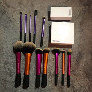 real techniques brushes NEED GONE